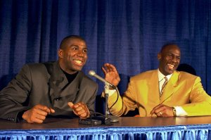 1996-magic-johnson-michael-jordan-05774197